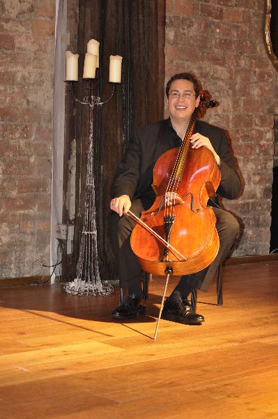 Christoff Fourie - Cello