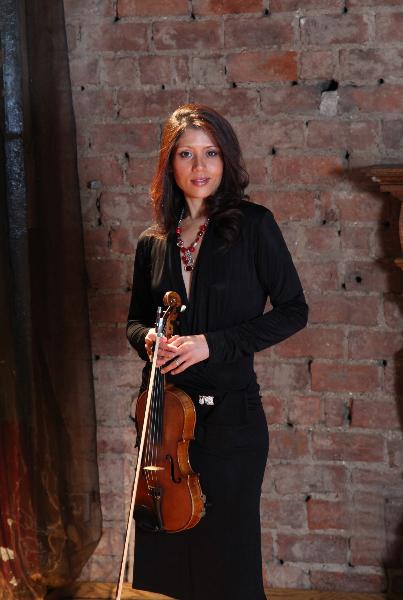Gisela Hans - Violin